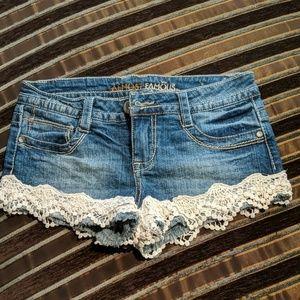 Almost famous shorts crochet embellishments
